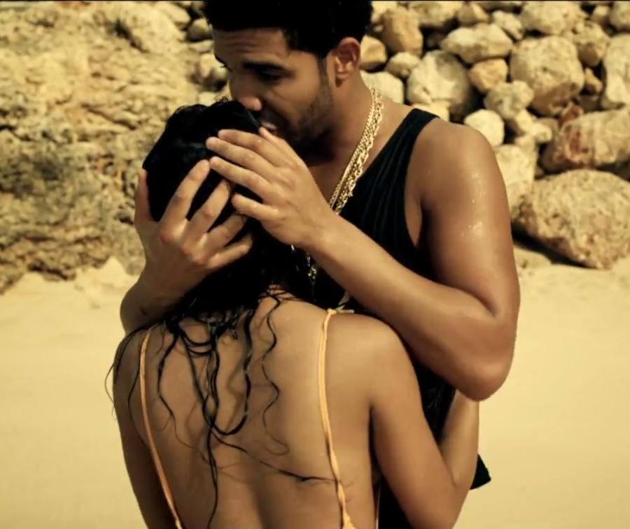 'Moment 4 Life' Video Teaser: Nicki Minaj and Drake Kissing |Nicki Minaj Kissing Drake On The Lips
